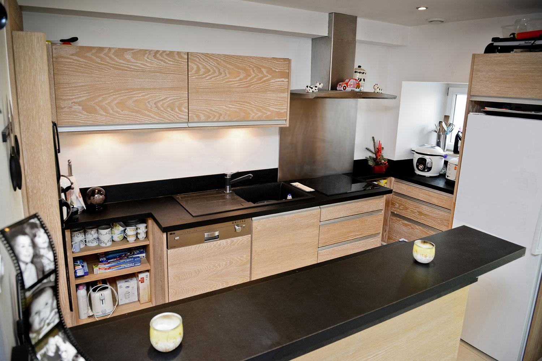 cuisines pago 64. Black Bedroom Furniture Sets. Home Design Ideas